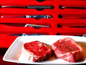 knifes-meat-new-york-steakhouse-saigon-restaurant